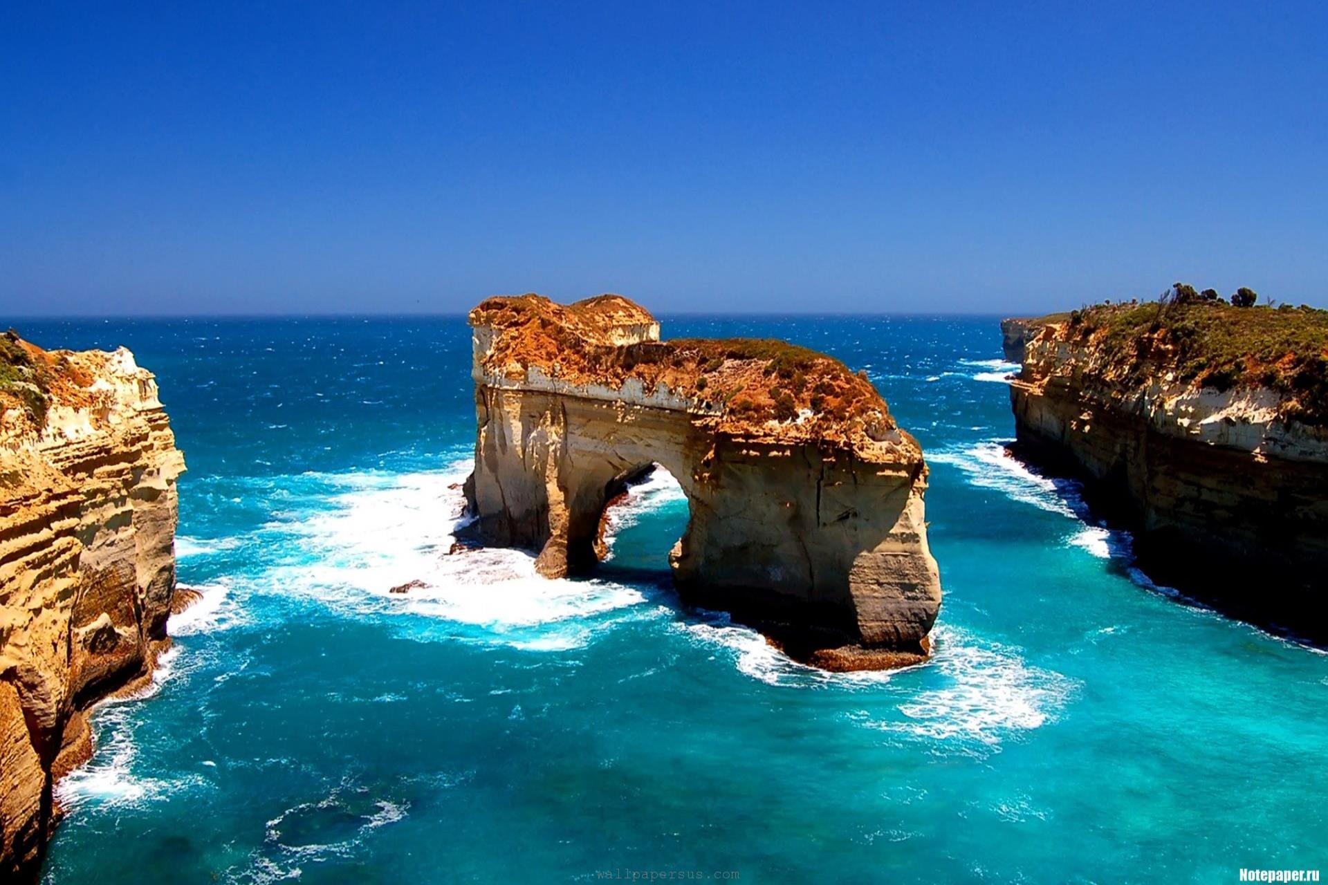 AUSTRALIAN DISCOVERY