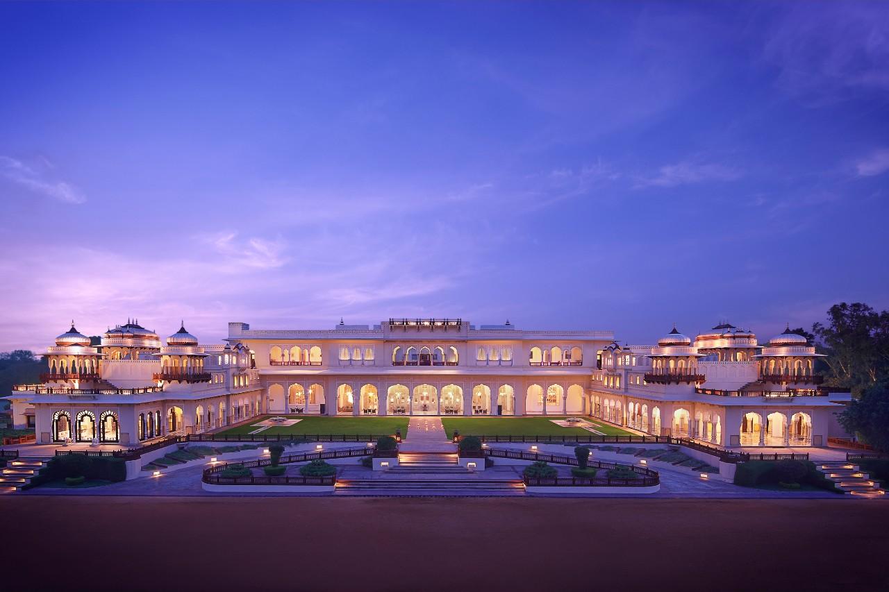 TAJ RAMBAGH PALACE, JAIPUR - ROYAL HONEYMOON RETREAT