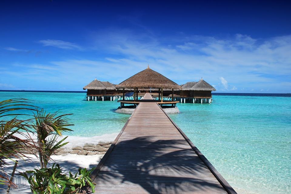 MALDIVES WITH ADAARAN CLUB RANNALHI RESORT