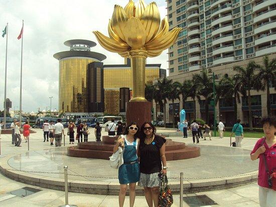 Golden Lotus Square - Macau