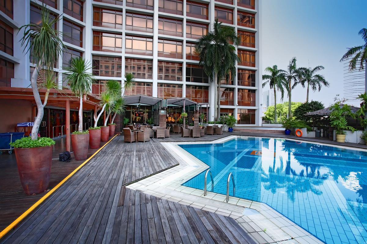 Village Hotel Bugis - Swimming Pool